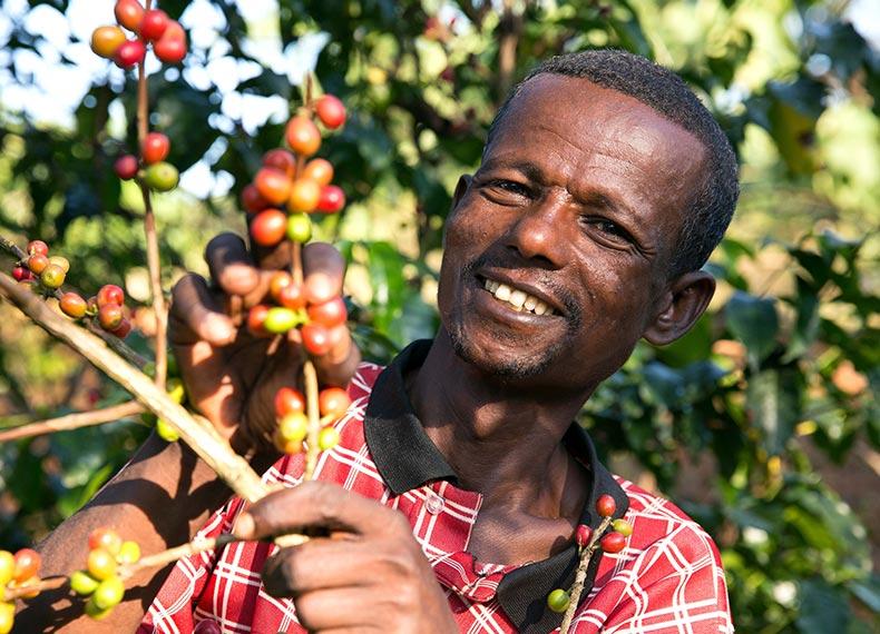 Fairtrade-koffieboeren-Silashi-&-Mulane_img01